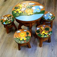 African animal table with 4 stools