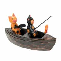 2 cats in boat
