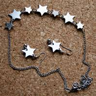 Necklace silver coloured 7 stars